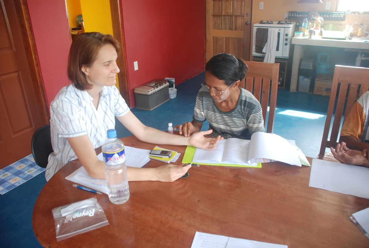 Health workers learn to take vital signs